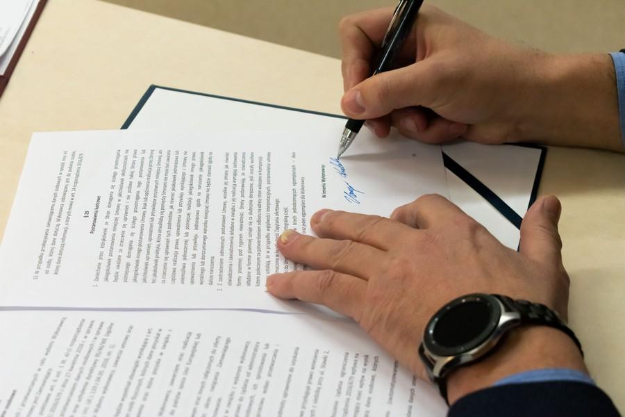 Podpisanie umowy z wykonawcą